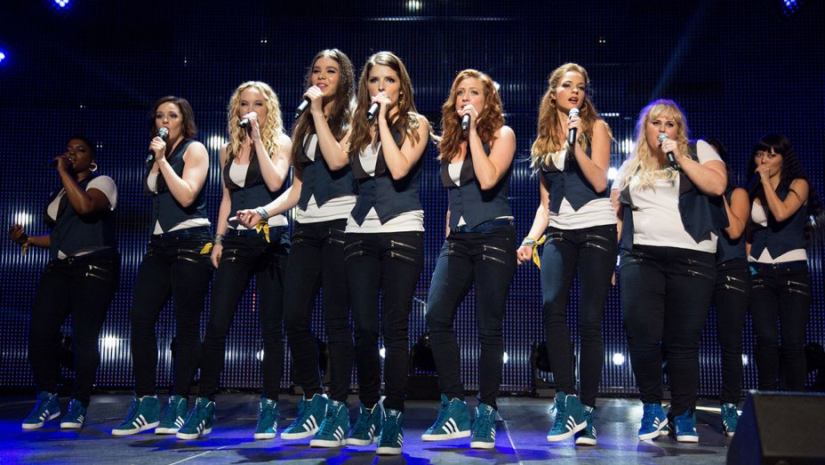 """Your favorite pitches are back in the latest poster for """"Pitch Perfect 3"""""""