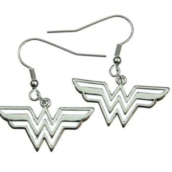 "9 pieces of ""Wonder Woman"" merch you can buy from Amazon, fittingly"