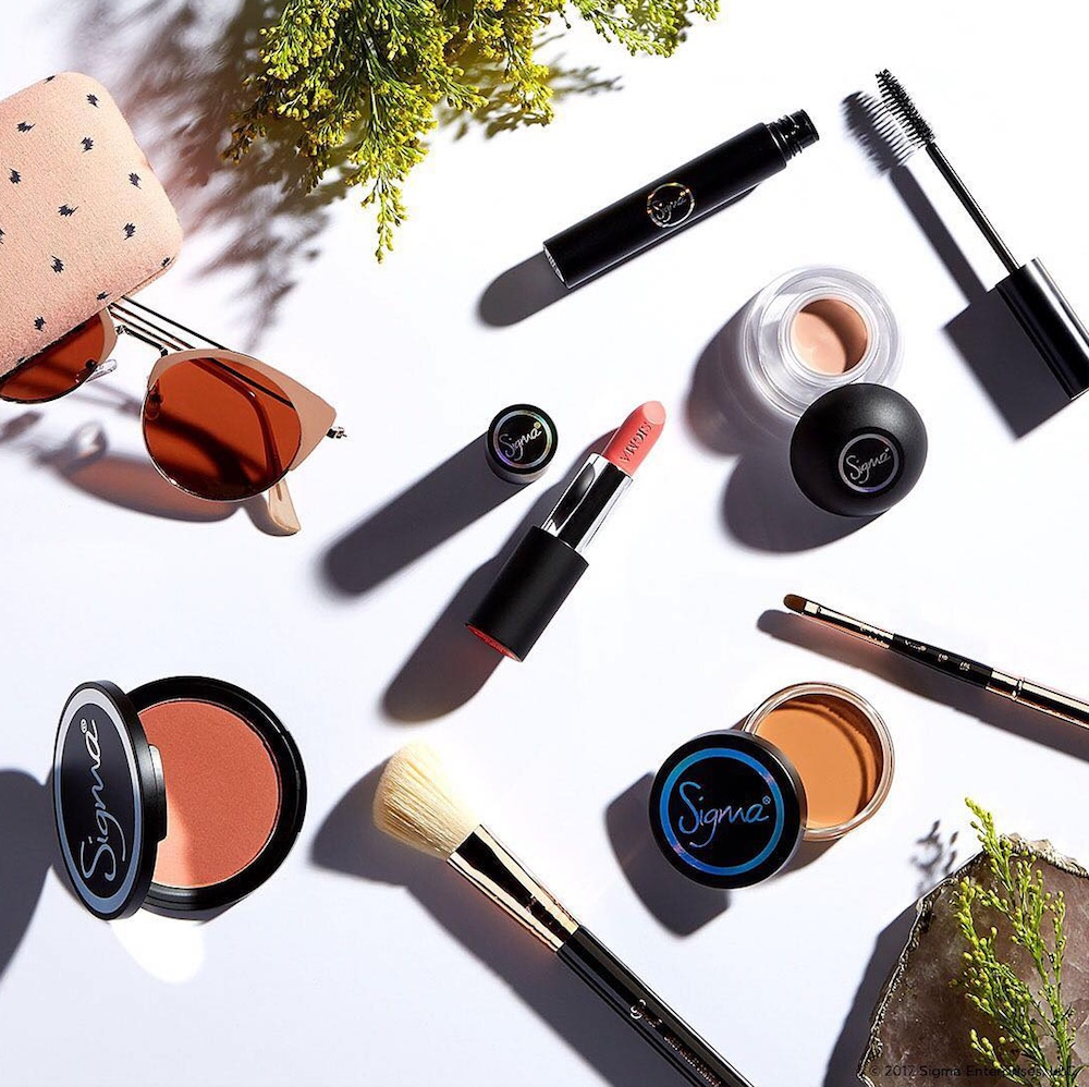 Sigma Beauty is blessing us with their semi-annual sale, and you'll want to pick up these 15 items