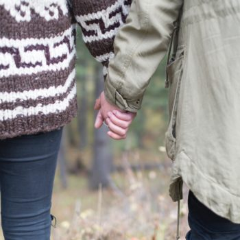 6 signs you need more space in your relationship, even if you're happy