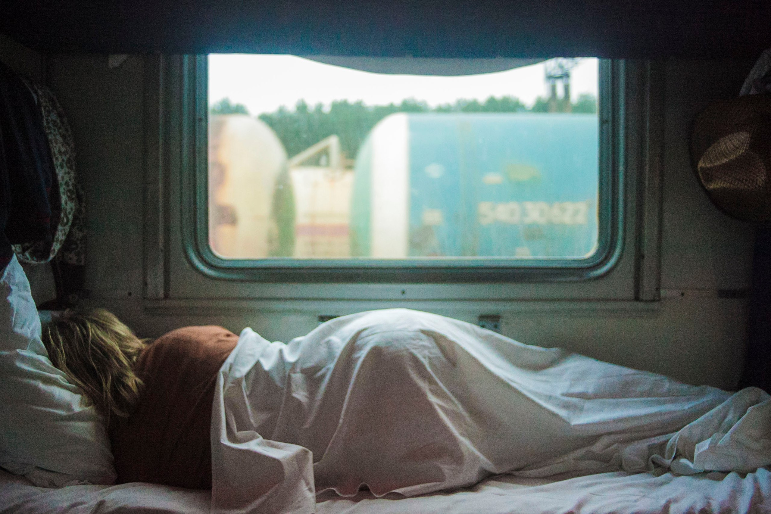 7 things that happen to your body when you don't get enough sleep