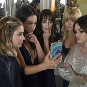 """Twitter is trying so hard to process WTF happened during the """"Pretty Little Liars"""" series finale"""