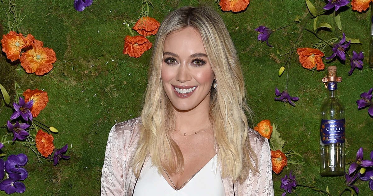 Hilary Duff's barefaced selfie will inspire you to go makeup-free when you DGAF