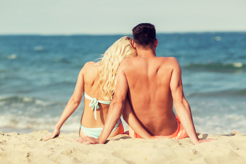 5 signs your summer fling might actually be something more serious