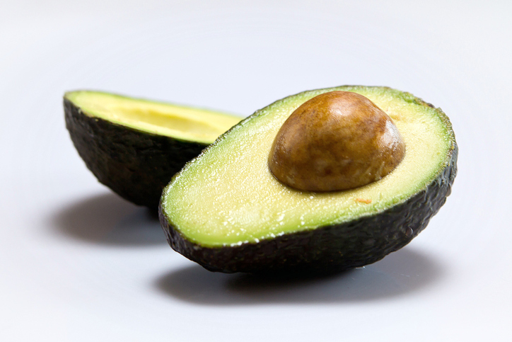 Here's what happens to your body if you eat an avocado pit