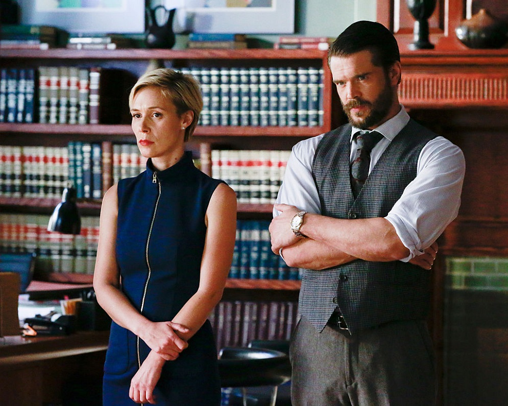 "Charlie Weber finally talks about what it's like dating ""How To Get Away With Murder"" co-star Liza Weil"