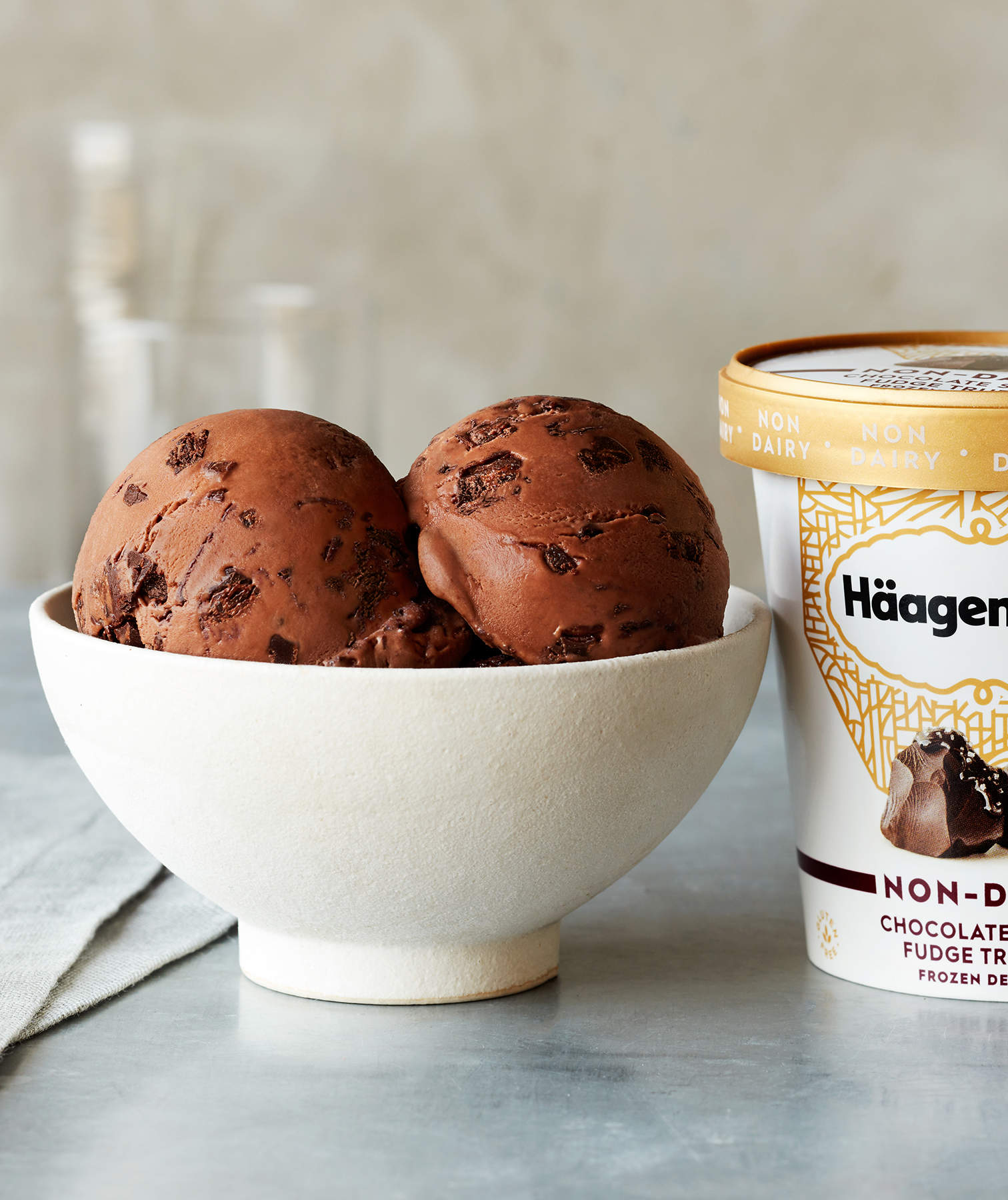 Häagen-Dazs just released 4 new non-dairy flavors — and this is the only store where you can buy them