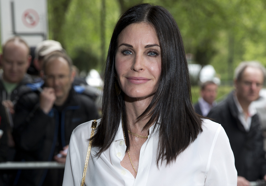 Courteney Cox's beach wave hair is the trend of the summer