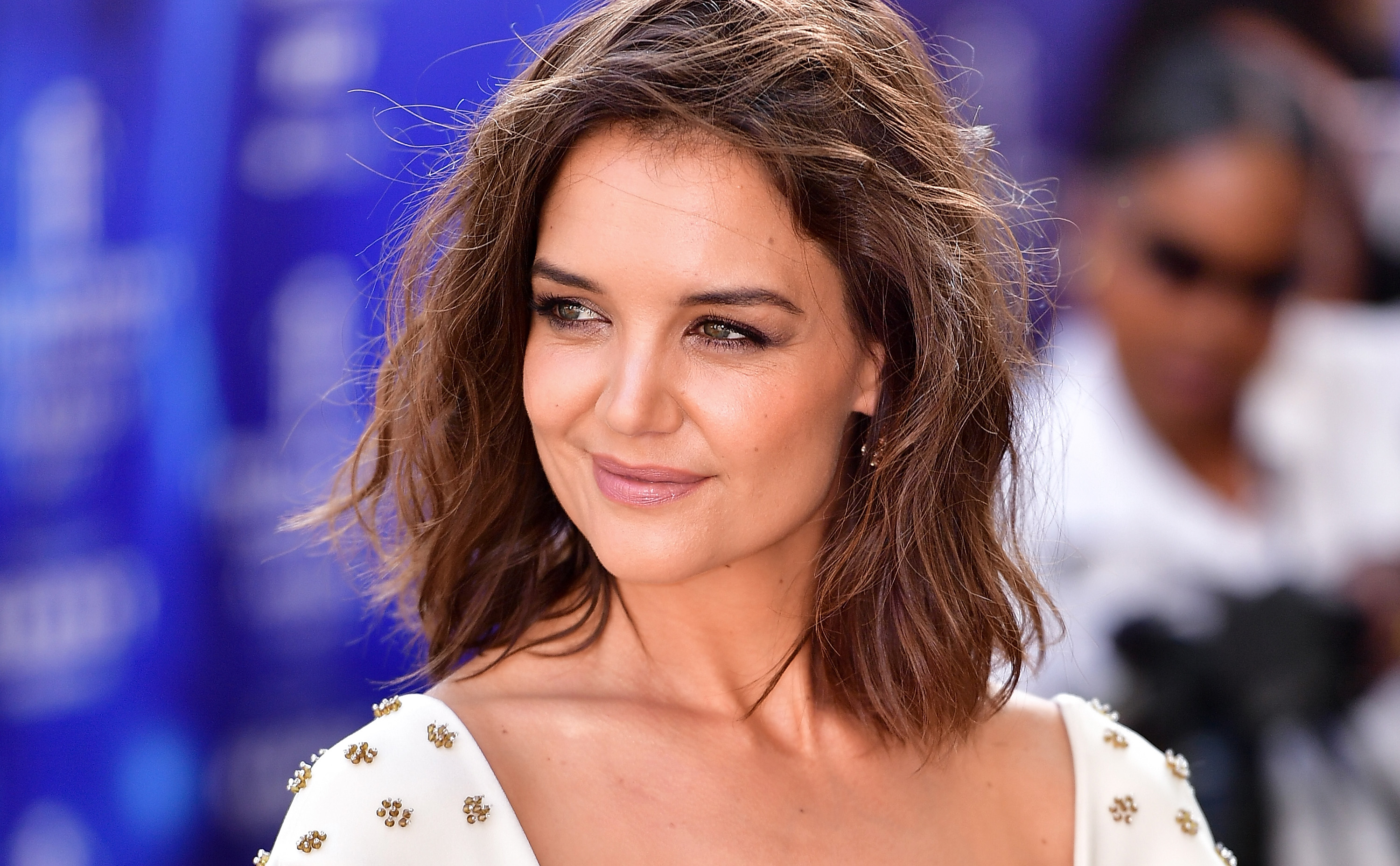 Katie Holmes' beachy bob is the perfect summer haircut for shorter hair