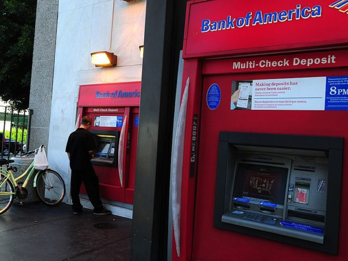 Man stuck in ATM slips 'Please Help' notes through receipt slot