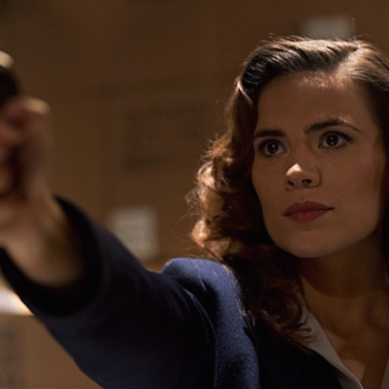"Bésame Cosmetics is coming out with an ""Agent Carter"" collection, so get ready to partake in some beauty espionage"