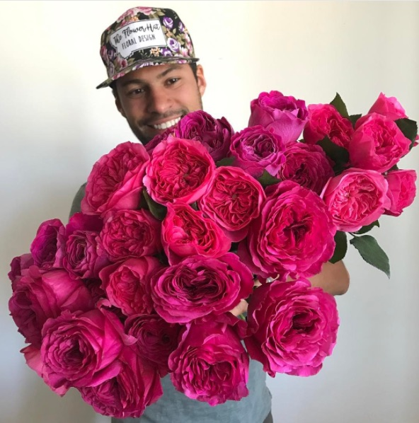 This man's gorgeous photos of giant bouquets are taking over Instagram, and we can see why
