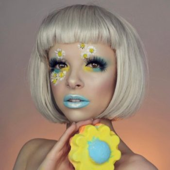 This beauty vlogger creates makeup looks inspired by her favorite Lush bath bombs, and we're obsessed