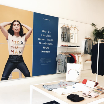 Stop what you're doing because Everlane is opening up a brick and mortar store