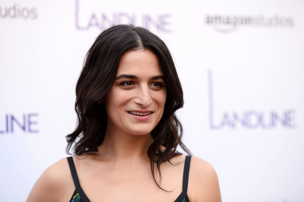 Jenny Slate just dropped some wisdom on over-texting while in relationships