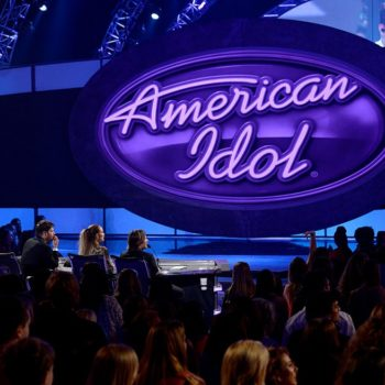 "The ""American Idol"" reboot officially has a host"