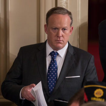 20 reactions to Sean Spicer's resignation, because Twitter clearly has a lot of feelings