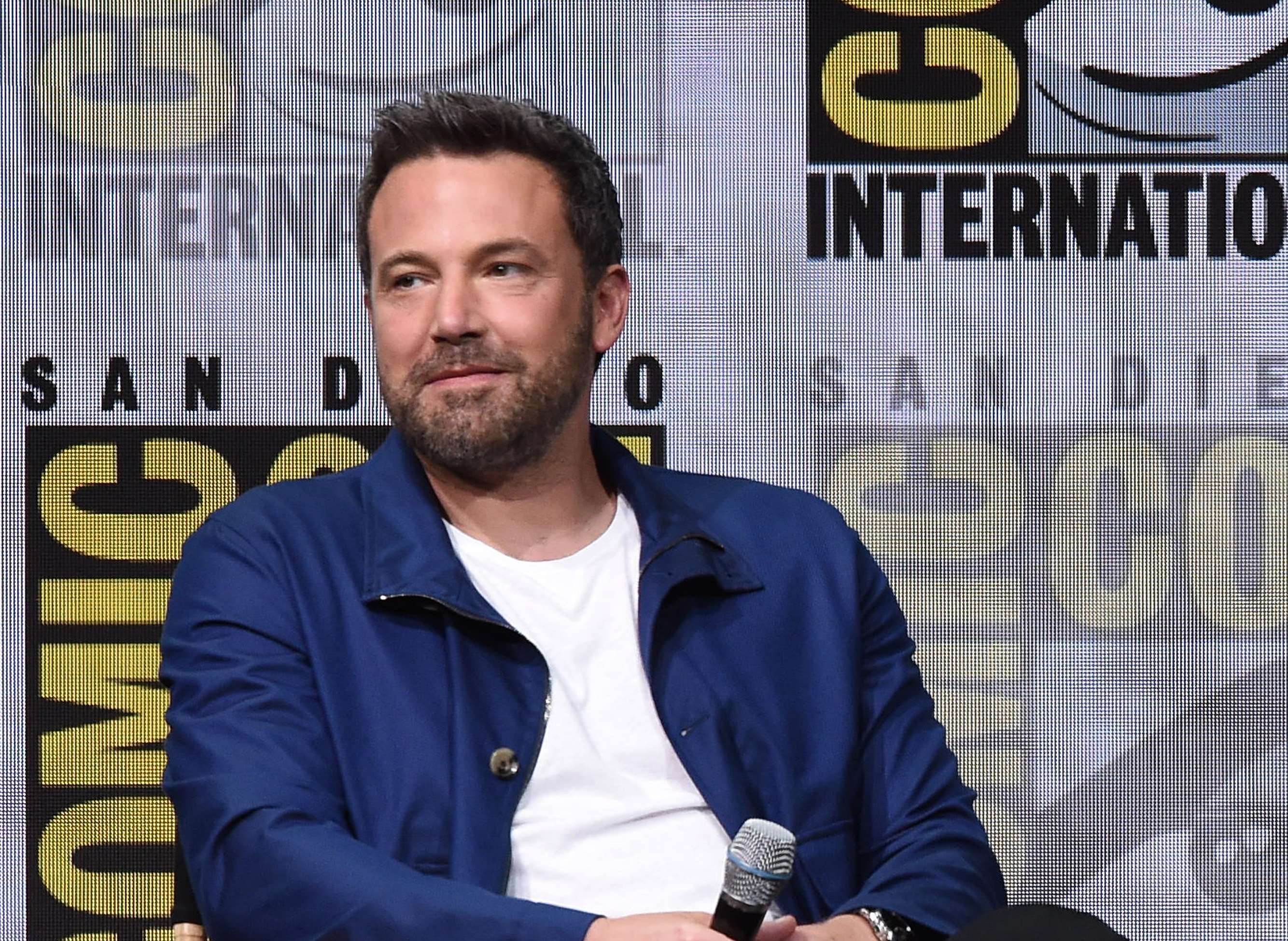 "Ben Affleck just addressed those Batman rumors, mentions like 15 times ""I'm Batman"""