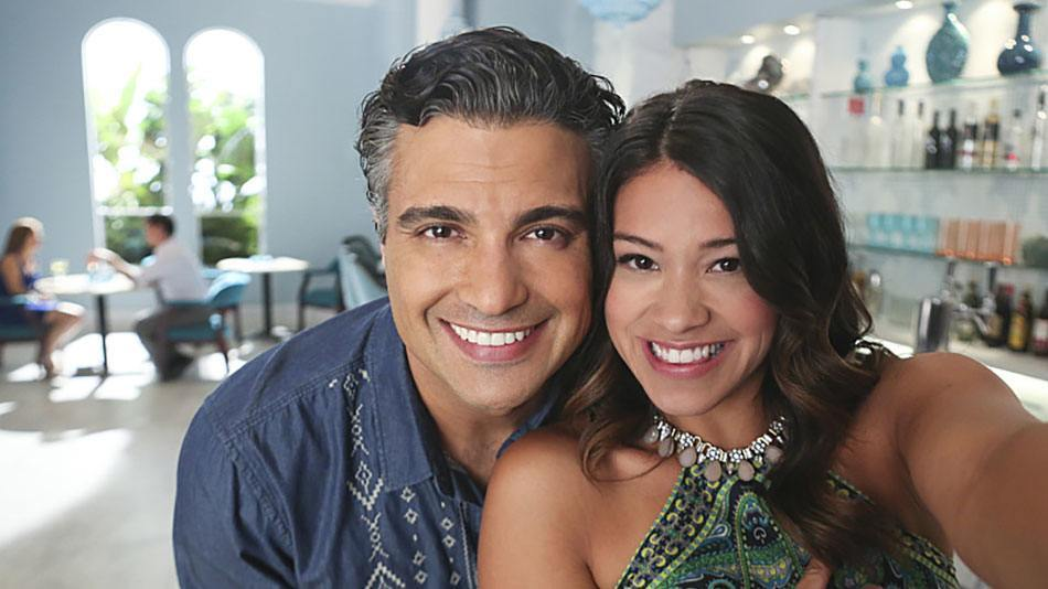 Gina Rodriguez just proved her IRL relationship with Jaime Camil is even better than their fictional one