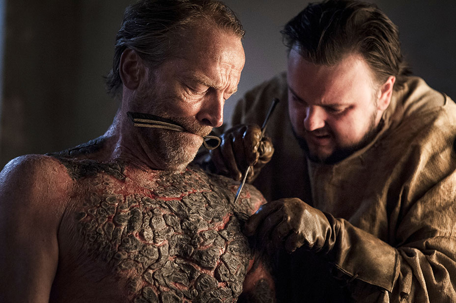 "Here's what was actually happening during that ""Game of Thrones"" scene when Sam tended to Jorah's greyscale"