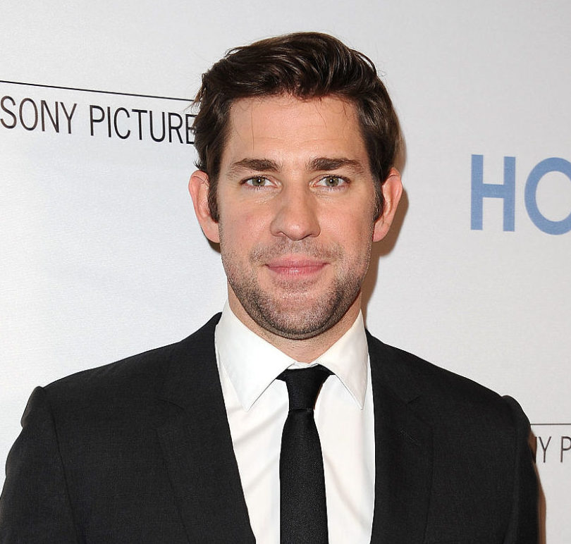 John Krasinski just responded to rumors that he's been cast as Green Lantern in the most Jim Halpert way ever