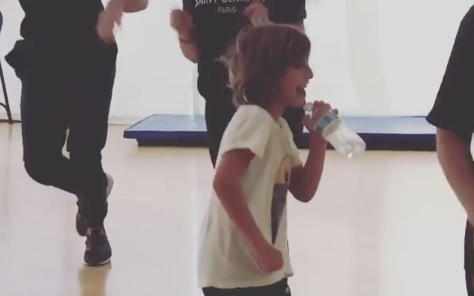 "Christina Aguilera's son ""filled in"" for his mom at dance rehearsal, and LOL"