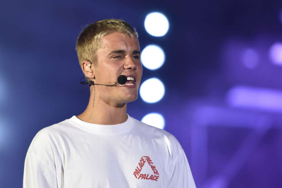 Twitter is losing it over Justin Bieber's latest wardrobe decision