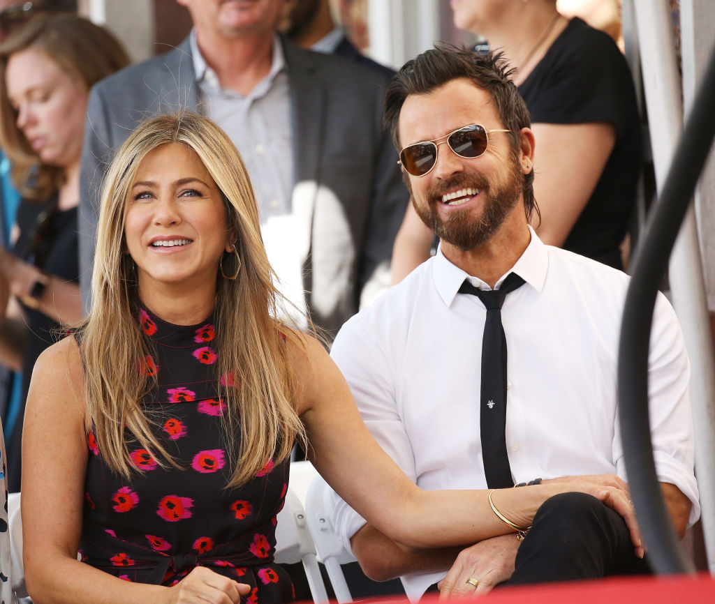 Justin Theroux just posted a picture of Jennifer Aniston for the first time in months