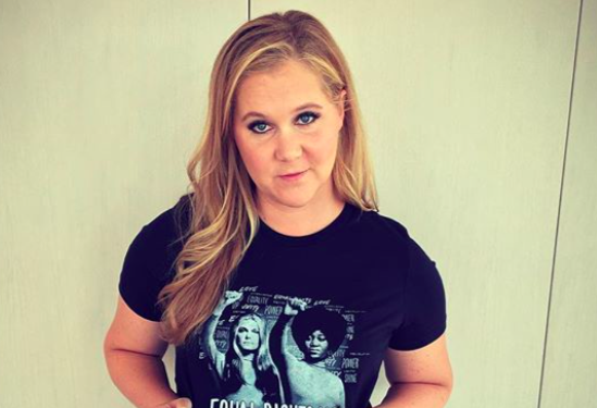 Amy Schumer left a $500 tip, and we're stoked for that server