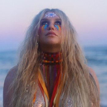 Kesha's note to her 18-year-old self is your one must-read for the week