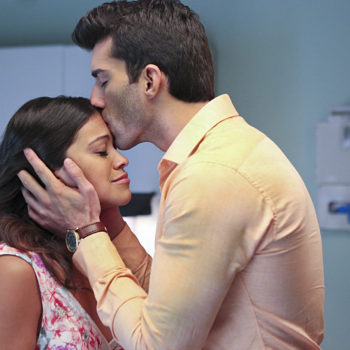 """Justin Baldoni has some feelings about Jane and Rafael's future on """"Jane the Virgin"""" that'll put a smile on every shipper's face"""