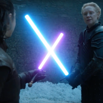 """Swap out swords for Lightsabers, and suddenly Arya and Brienne's fight on """"Game of Thrones"""" is even better"""