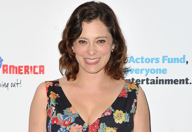 Rachel Bloom got real about how much it costs to attend award shows when you aren't a size 2