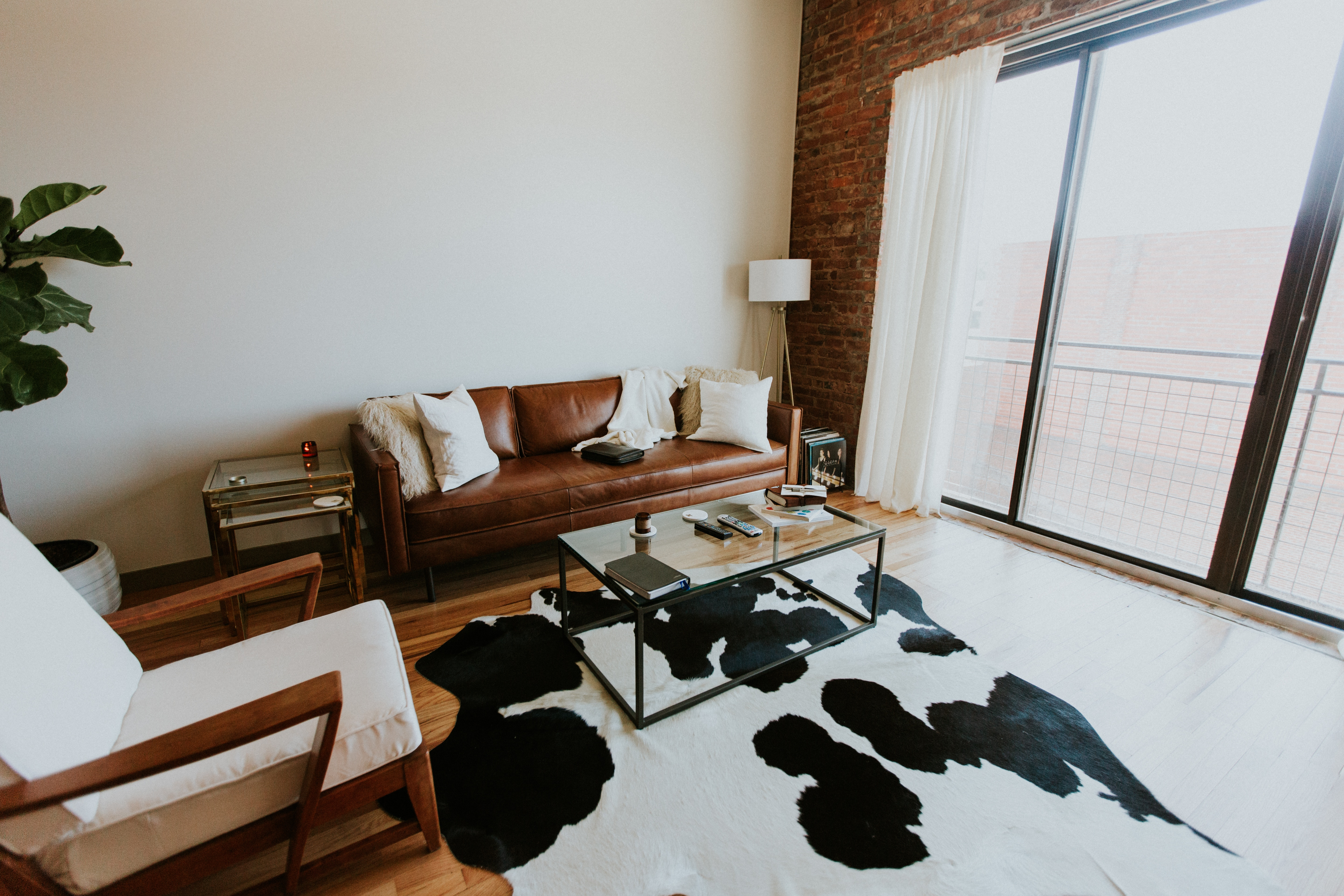 10 ways to make your tiny apartment feel like a huge home