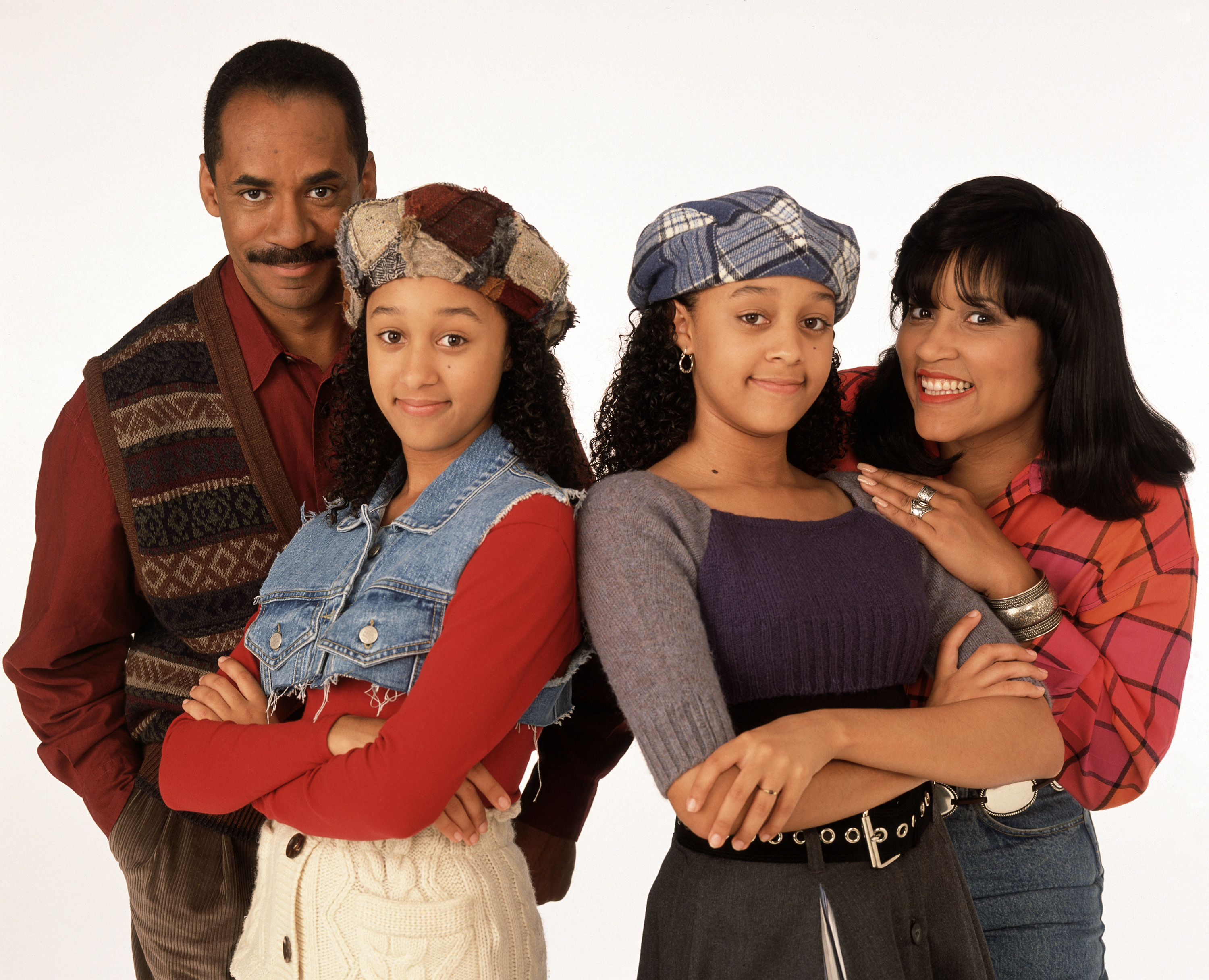 """Tia Mowry had some very """"exciting"""" things to say about the """"Sister, Sister"""" reboot"""