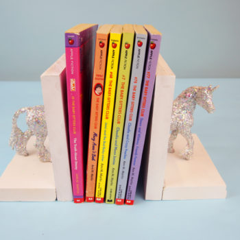 These DIY unicorn bookends will bring magic to your book shelf