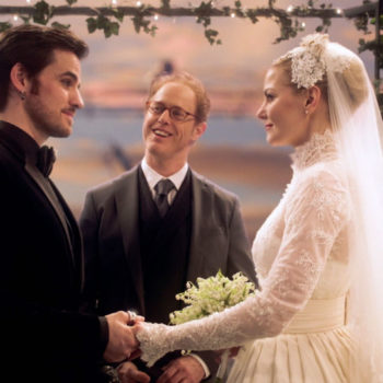 """Don't worry, Captain Swan shippers, Hook and Emma are still married during """"Once Upon a Time"""" Season 7"""