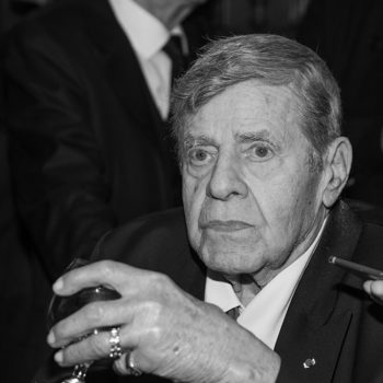 Comedian Jerry Lewis has died at 91
