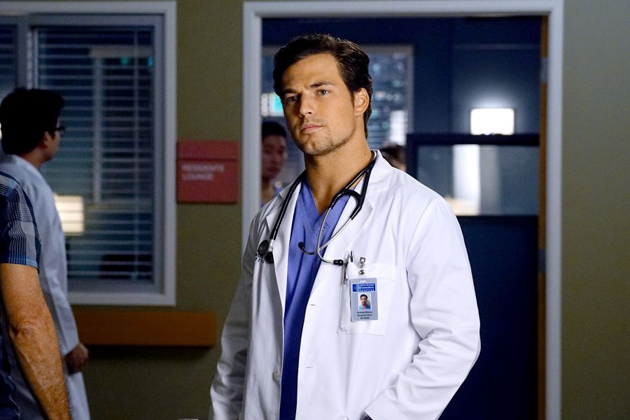 """Grey's Anatomy"" promises that Season 14 won't be dark and depressing"