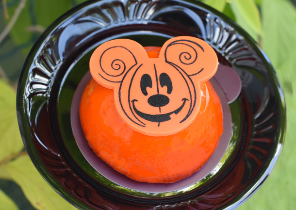 Disney World revealed the next Instagram-worthy dessert — just in time for Halloween