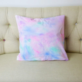 These DIY watercolor pillowcases will turn your bedroom pillows into works of art