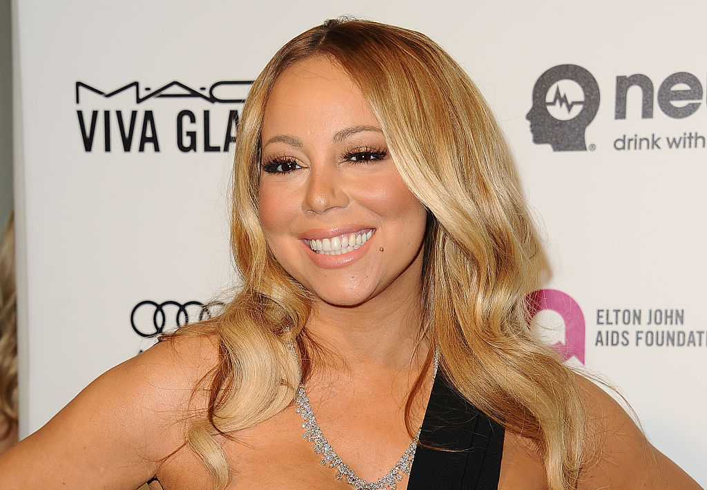 Mariah Carey bowled in high heels, as if you expected her not to