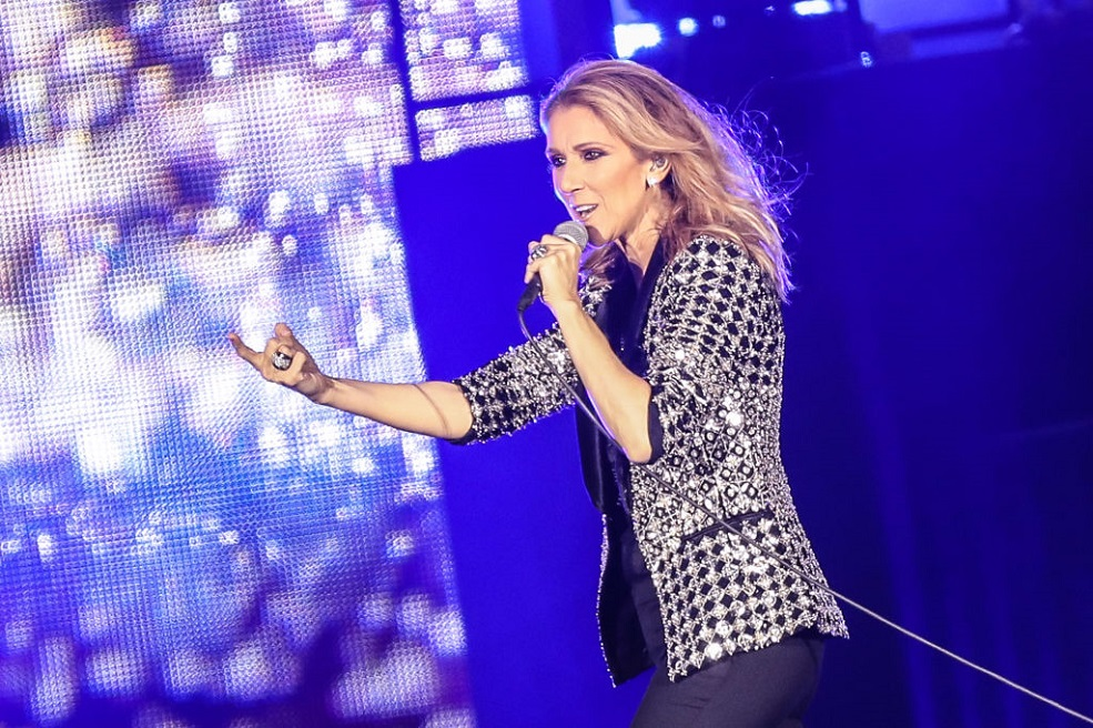Celine Dion avoided an awkward question by busting out a Rihanna song