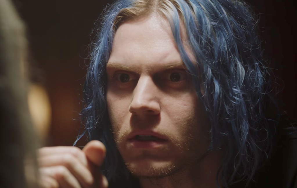 "Good news, Evan Peters isn't just playing one character on ""American Horror Story: Cult"" — he's playing *five*"