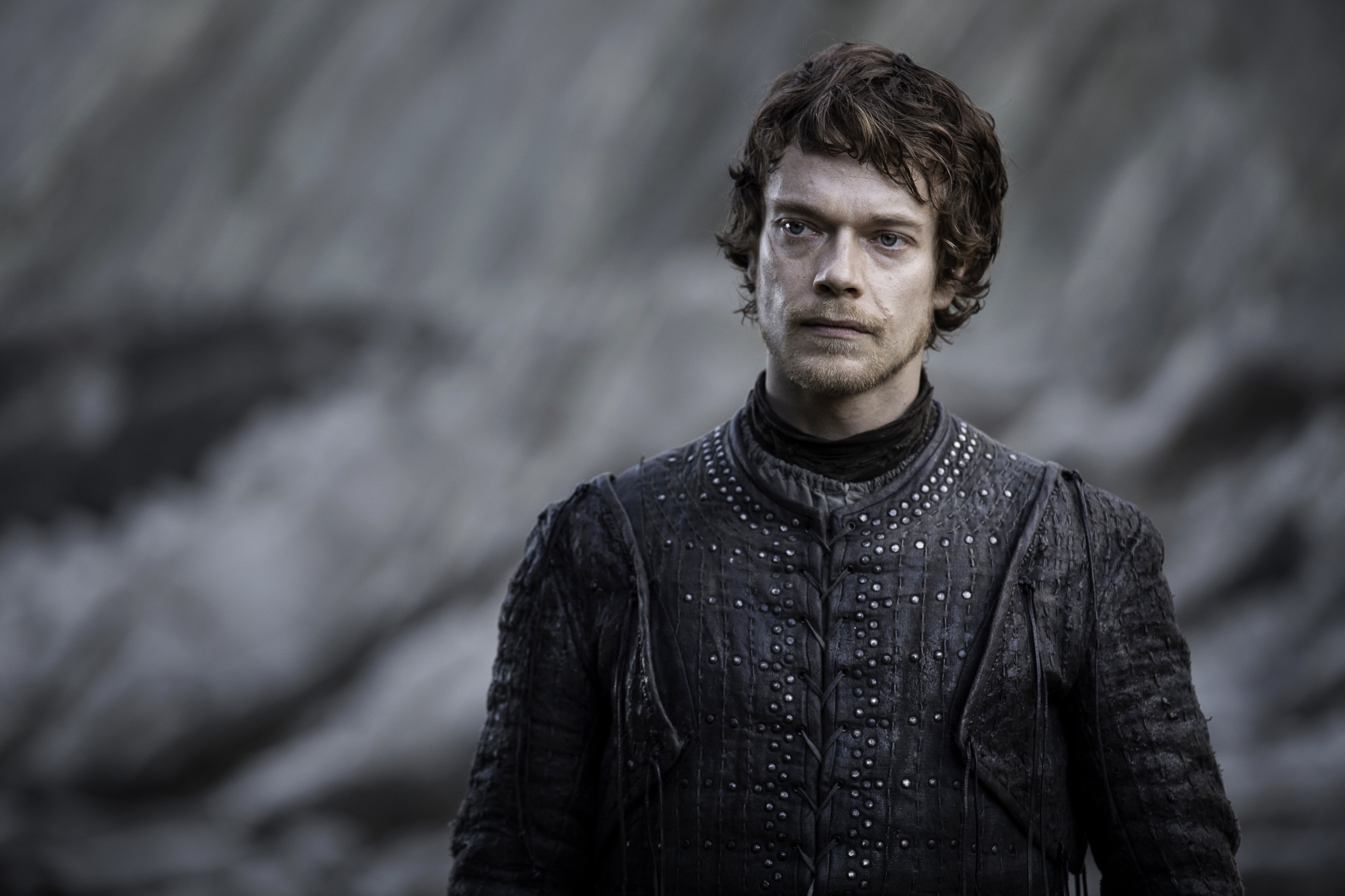 "Twitter is throwing polite shade at this ""Game of Thrones"" character, and with good reason"