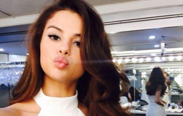 Selena Gomez's Insta account was hacked with NSFW photos, and that is not okay