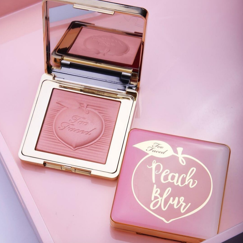 Too Faced blessed us with an early release of its coveted Peach Blur powder