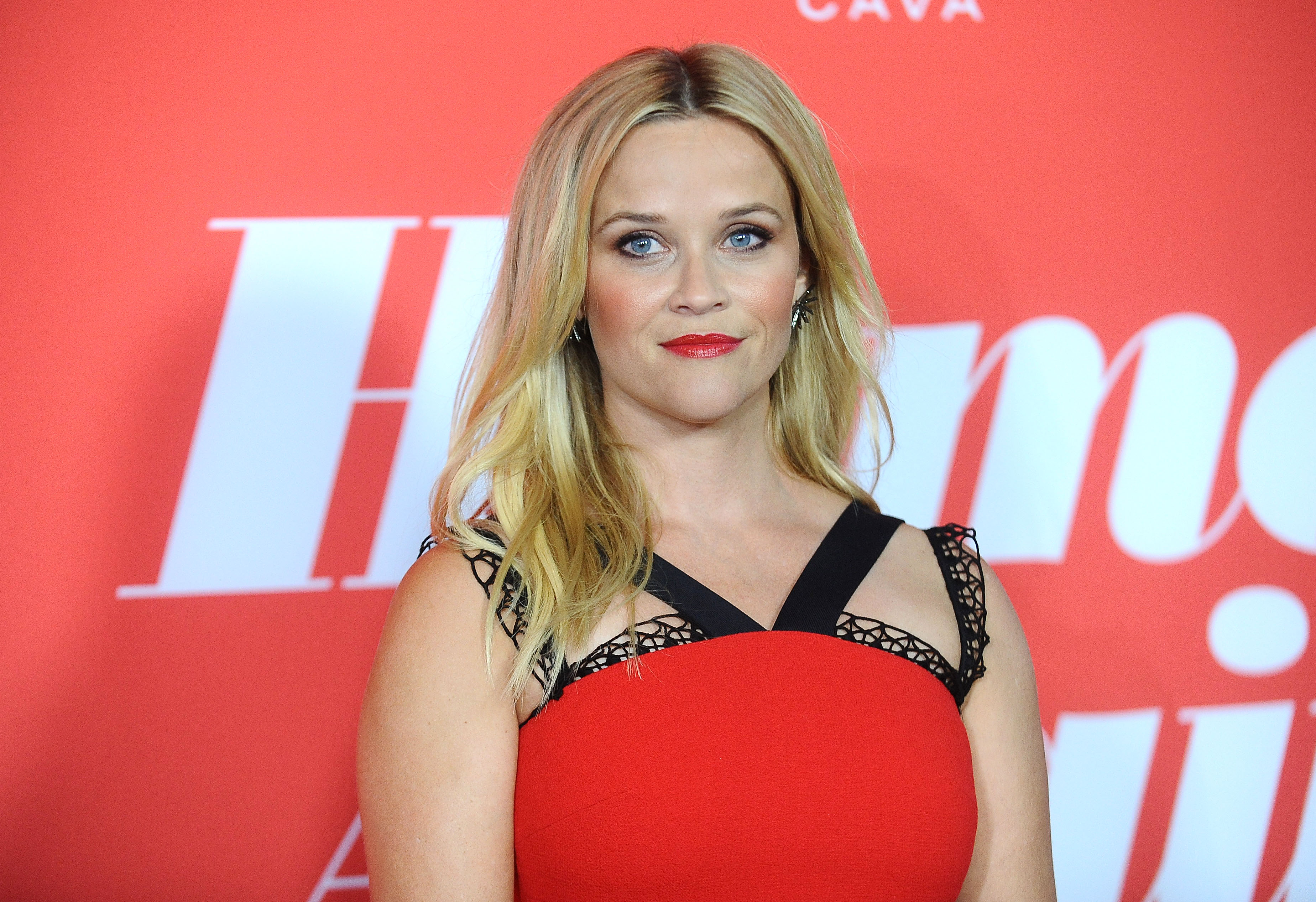 """Reese Witherspoon and daughter Ava looked more alike than ever at the """"Home Again"""" premiere"""