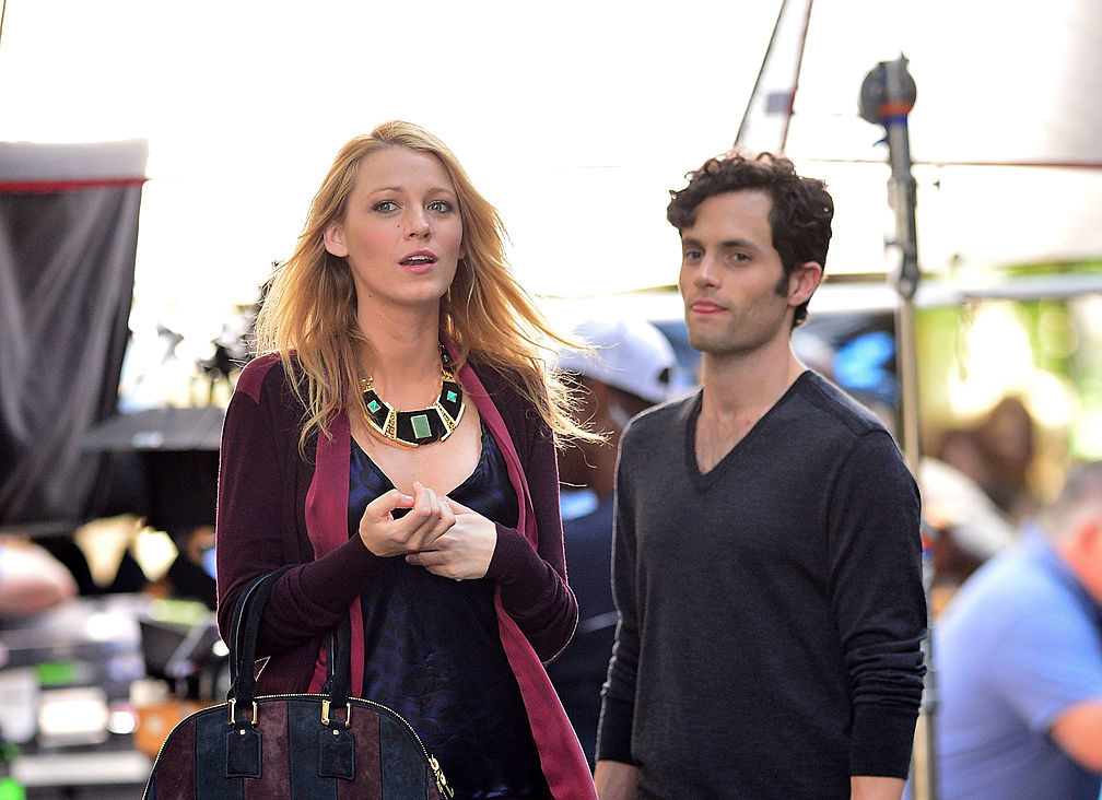 "Blake Lively and Penn Badgley didn't tell the ""Gossip Girl"" cast about their breakup for MONTHS"