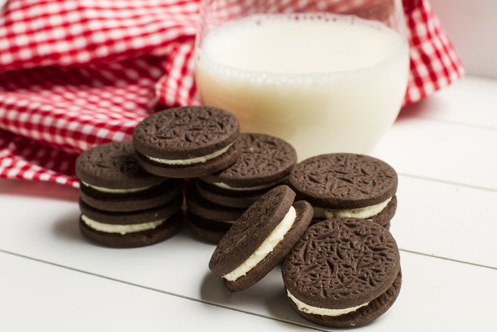 Here's how long you should dunk your Oreo, according to science